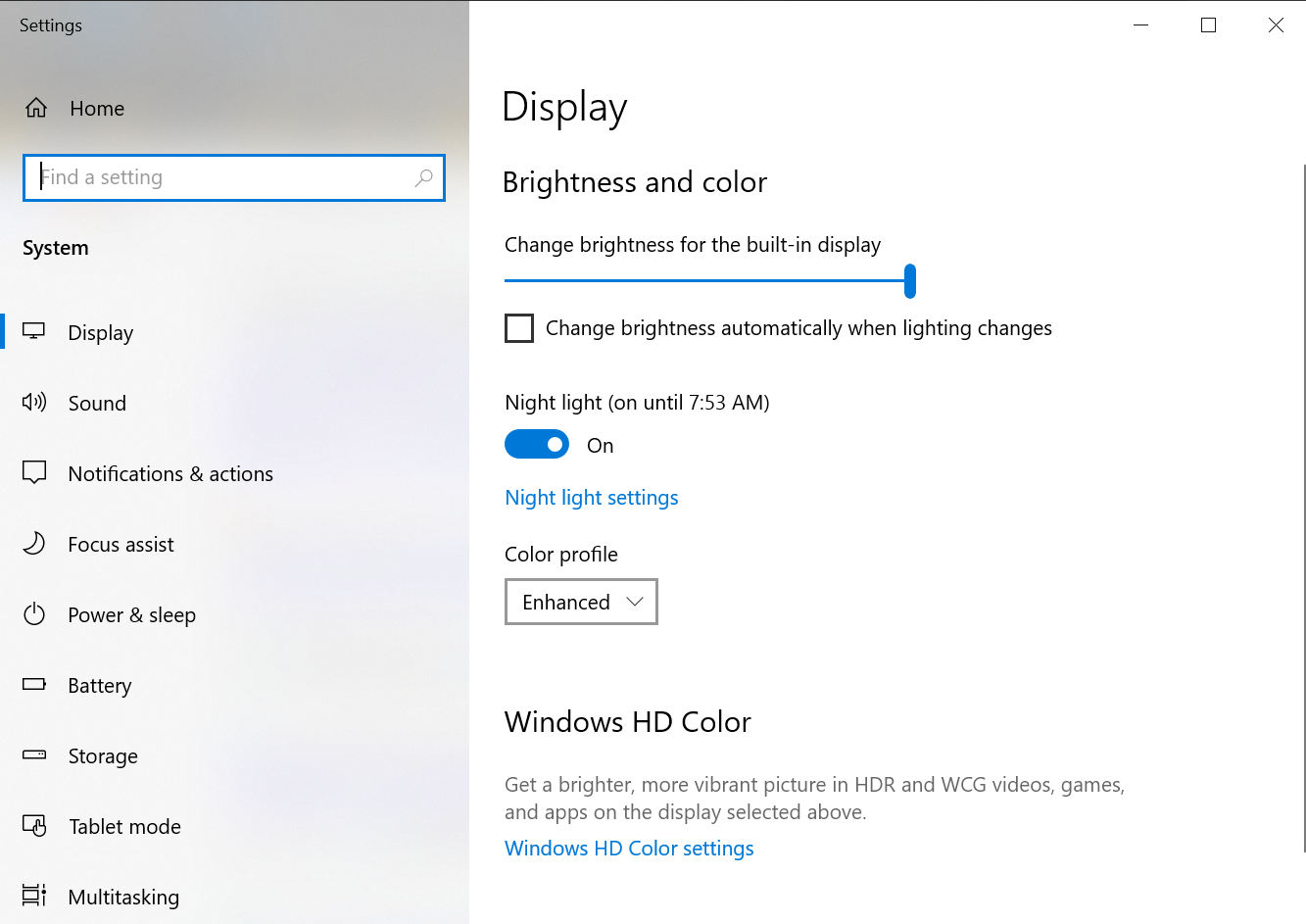 Turning on night light in Display settings.